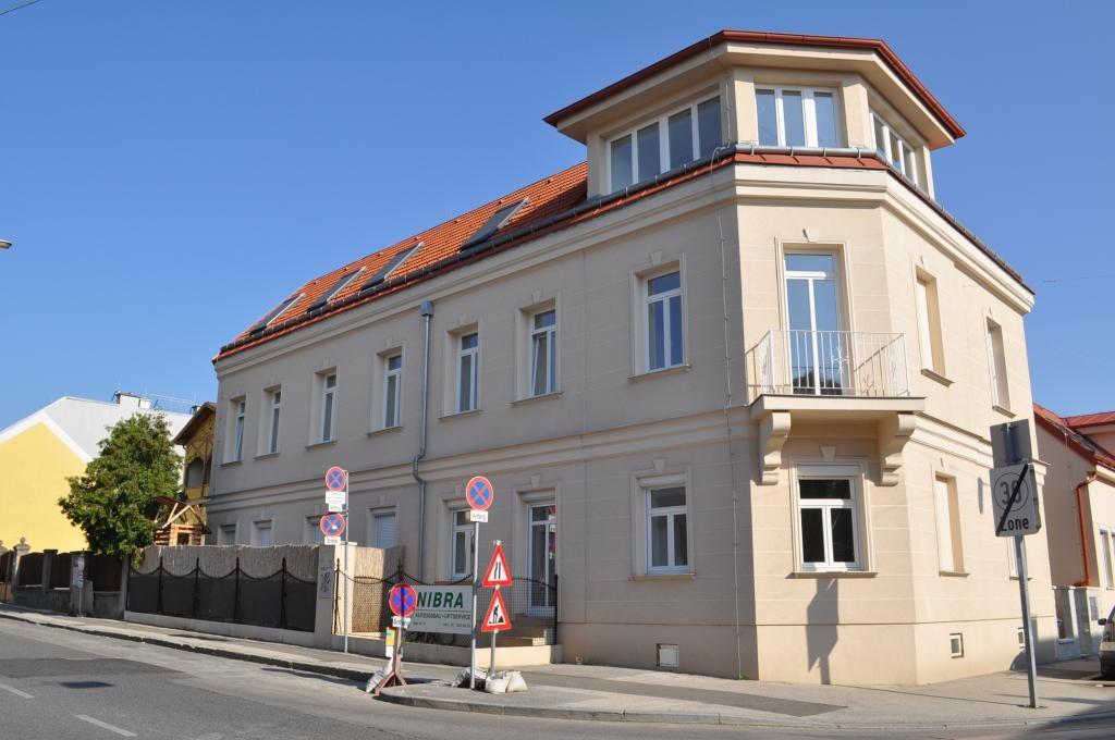 jpgcnt ---- PROVISIONSFREI: 2 Zimmerwohnung/Büro/Praxis mit schöner Terrasse und Vorgarten /  / 1230Wien / Bild 3