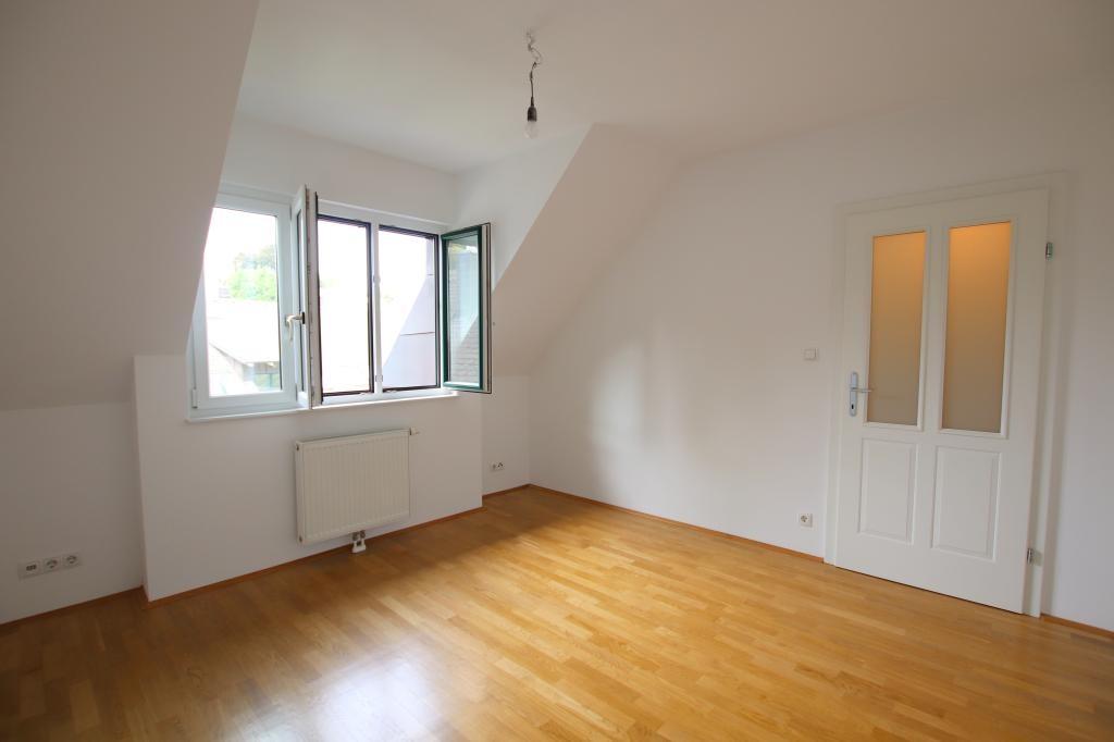 beim LAINZERPLATZ - Maisonette Eigengarten, 5 Zimmer, Balkon, Terrasse /  / 1130Wien / Bild 2