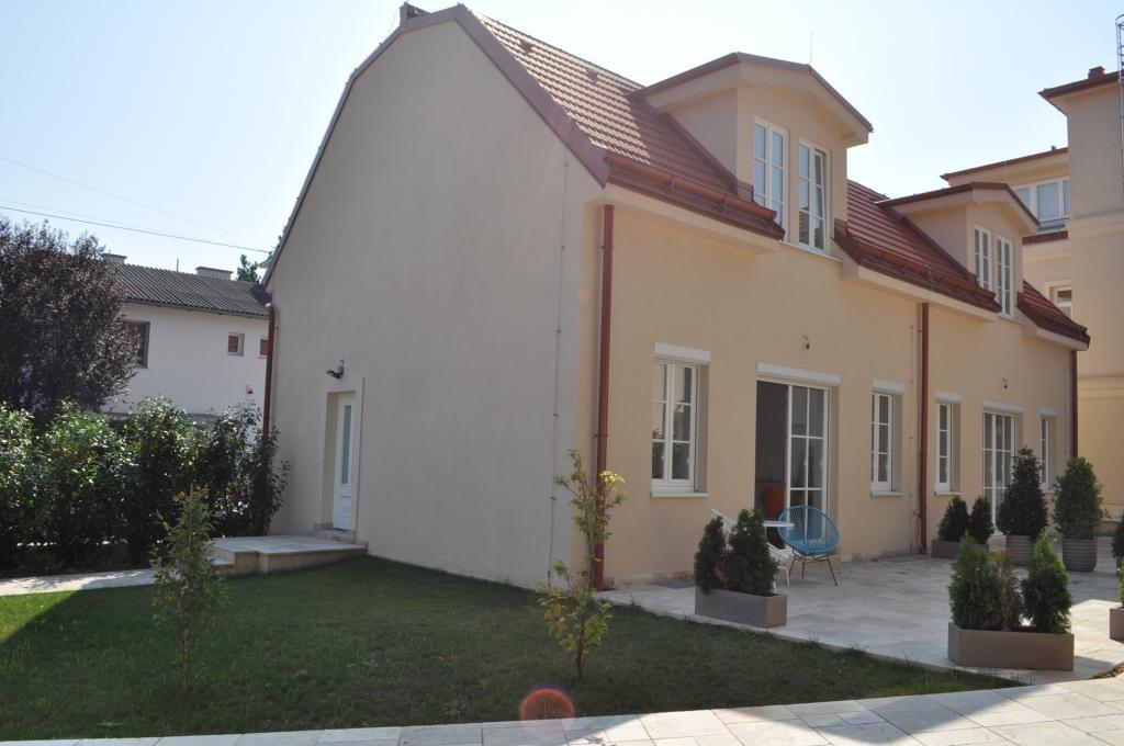 PROVISIONSFREI: schöne Neubau-Doppelhaushälfte mit großer Terrasse und Garten /  / 1230Wien / Bild 0