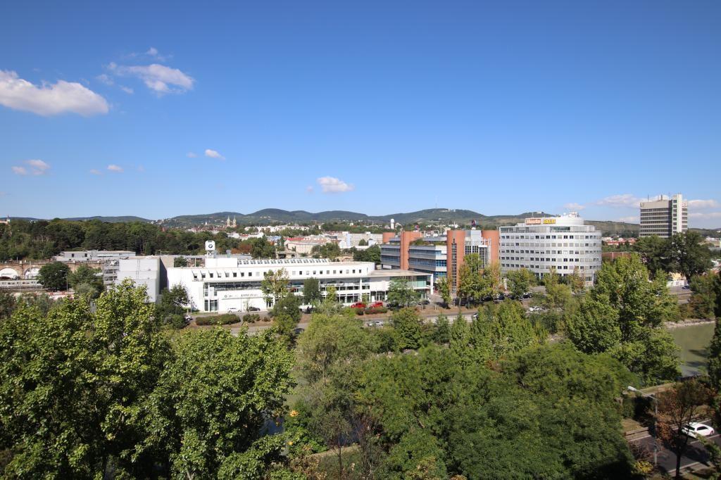 1200 Wohnung zu kaufen am Donaukanal: 2 Zimmer, Loggia, Panorama - Ausblick!! 7.OG /  / 1200Wien / Bild 3