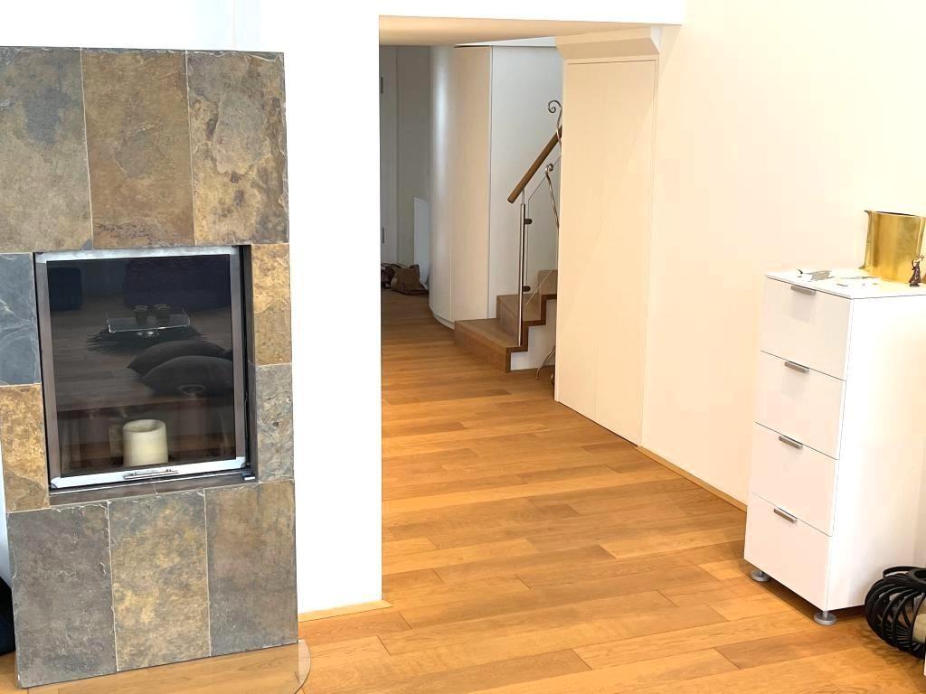 tolle DACHWOHNUNG 133m² mit 17m² TERRASSE in schönem Jahrhundertwendehaus mit Garage /  / 1040Wien / Bild 3