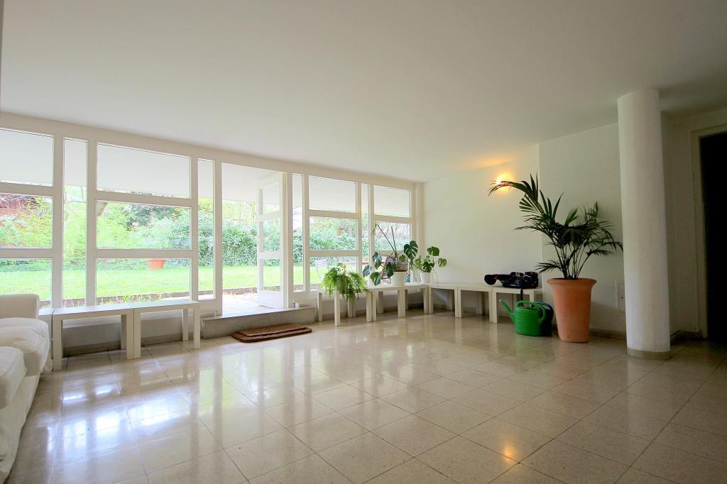 jpgcnt ---- Top Lage in Alt-Hietzing: hell, ruhig, grün 2 Zimmer mit separater Küche, Garagenplatz möglich /  / 1130Wien / Bild 2