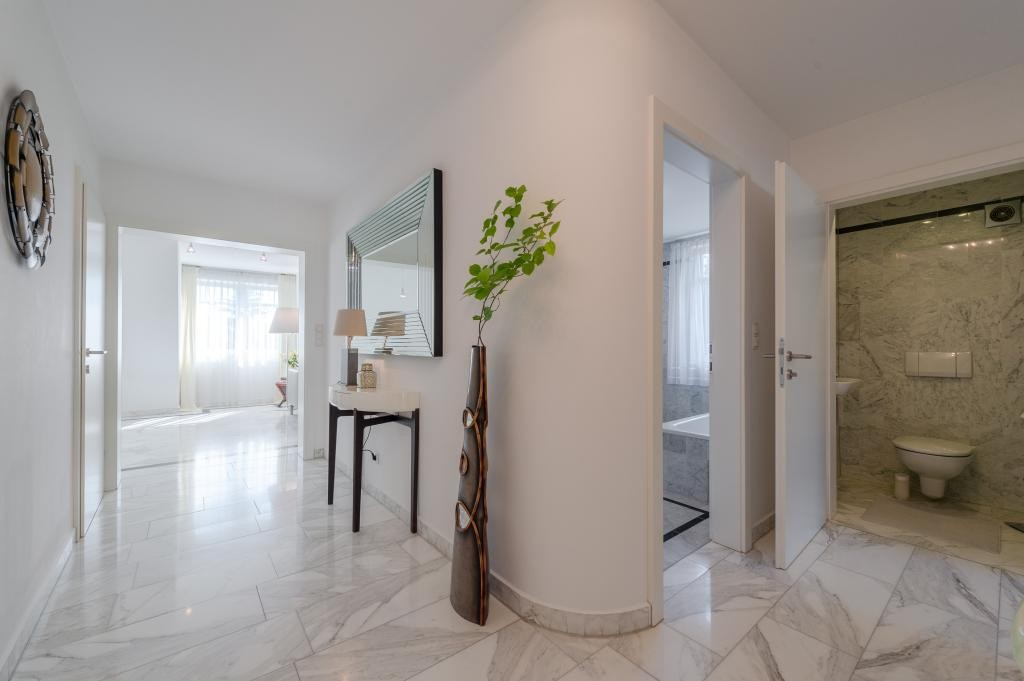 jpgcnt ---- Elegante 4 Zimmer Dachgeschoßwohnung / 70 m² wunderschöner Terrasse / Wienblick / Lainzer Tiergarten /  / 1130Wien, Hietzing / Bild 8