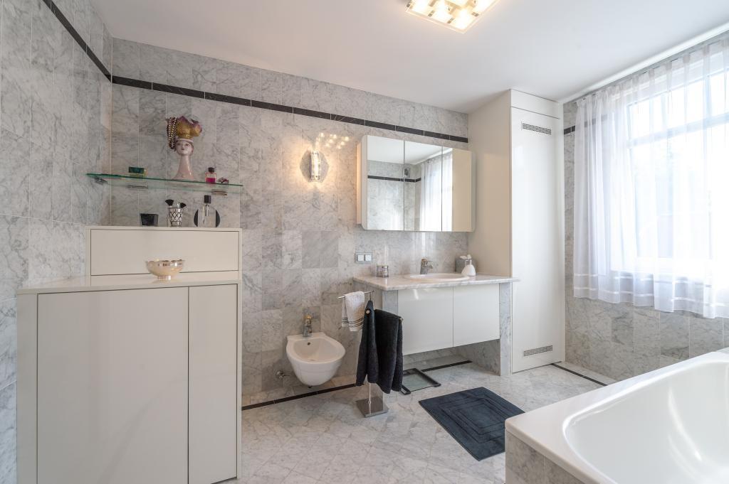 jpgcnt ---- Elegante 4 Zimmer Dachgeschoßwohnung / 70 m² wunderschöner Terrasse / Wienblick / Lainzer Tiergarten /  / 1130Wien, Hietzing / Bild 15