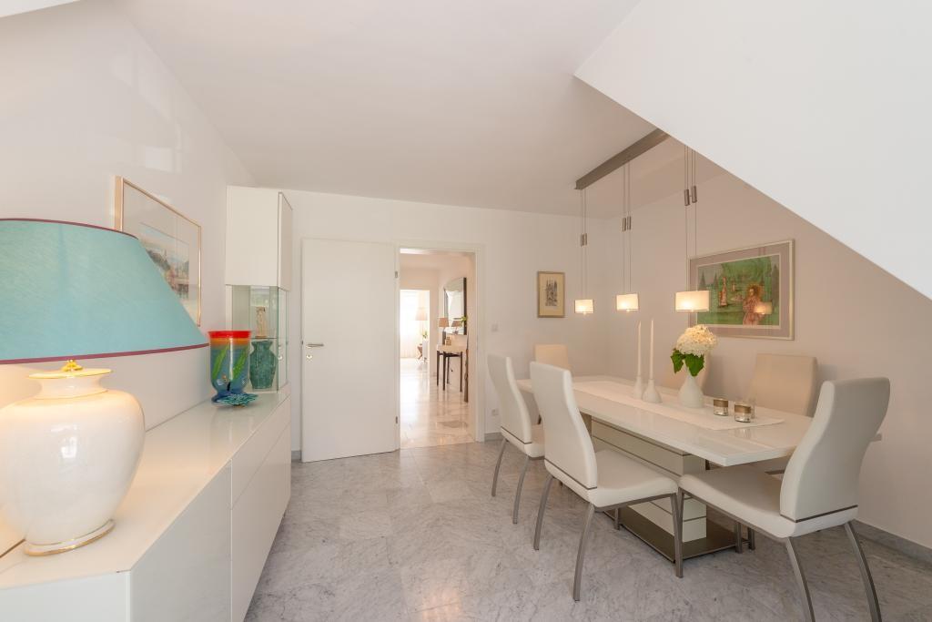 jpgcnt ---- Elegante 4 Zimmer Dachgeschoßwohnung / 70 m² wunderschöner Terrasse / Wienblick / Lainzer Tiergarten /  / 1130Wien, Hietzing / Bild 18