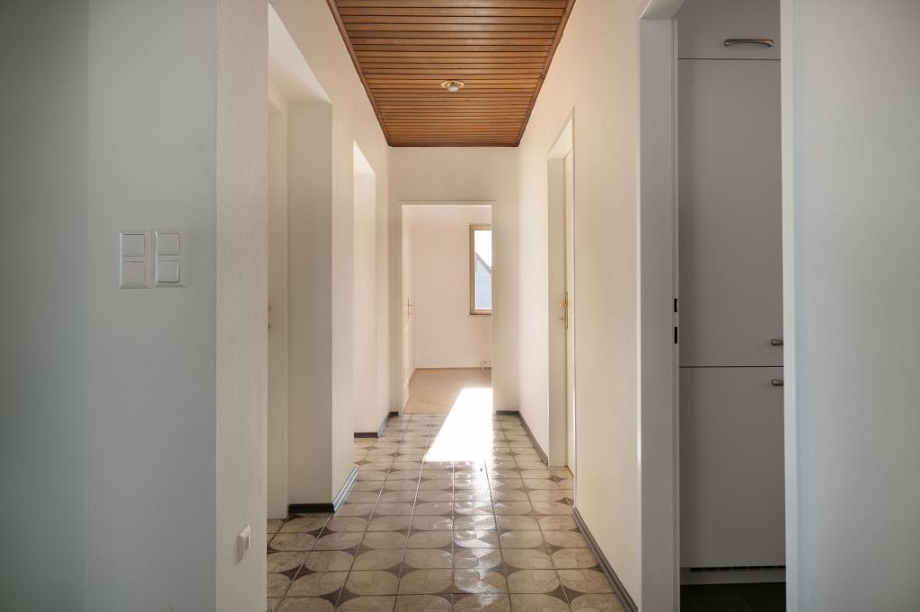 jpgcnt ---- NEU RENOVIERTES EINFAMILIENHAUS - mit viel Platz für die ganze Familie 5-6 Zimmer + großer Keller /  / 2201Gerasdorf / Bild 6