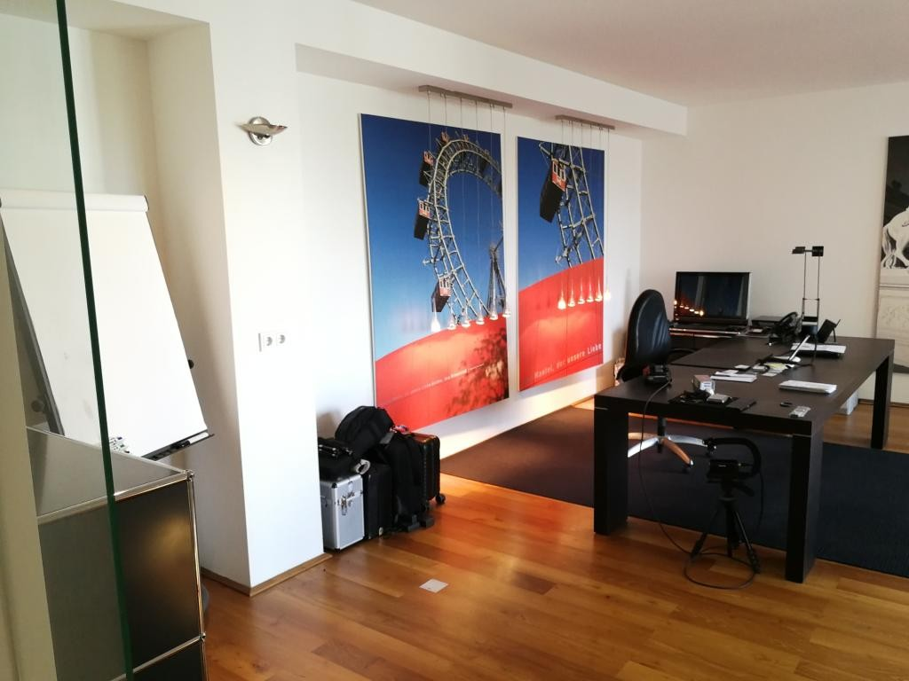 jpgcnt ---- Großzügiges 2-Zimmer-City-Appartement inkl. 2 Garagenplätzen! /  / 1010Wien / Bild 0
