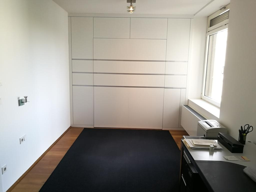 jpgcnt ---- Großzügiges 2-Zimmer-City-Appartement inkl. 2 Garagenplätzen! /  / 1010Wien / Bild 3