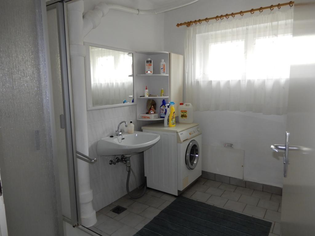 Schönes, freundliches und gepflegtes Einfamilienhaus /  / 2130Mistelbach / Bild 3