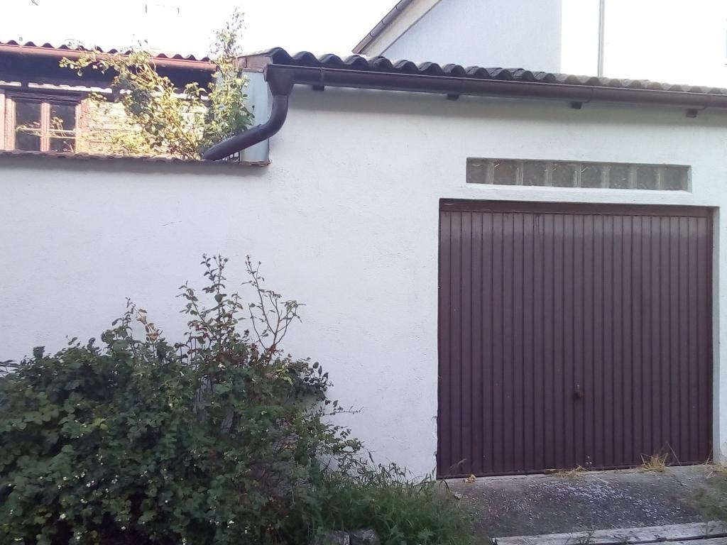 jpgcnt ---- Schnäppchen Wohnhaus mit kleinem begrünten Hof /  / 2274Rabensburg / Bild 1