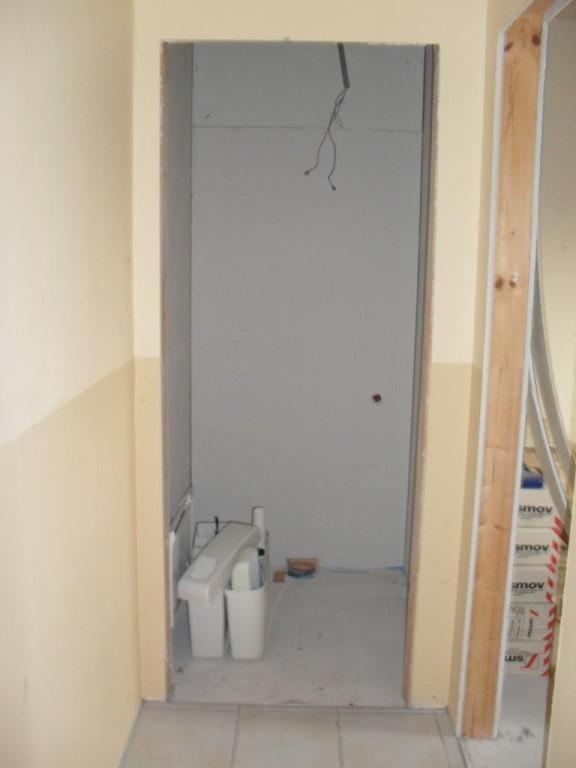 jpgcnt ---- Wohnhaus zur vielseitigen Verwendung mit Infrastruktur /  / 2130Hüttendorf / Bild 3