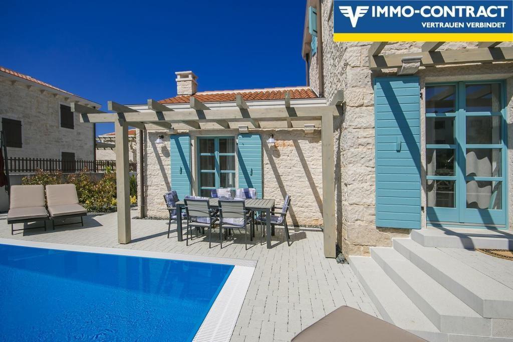 Villa ZORITTA /  / 52203Li?njan / Bild 1