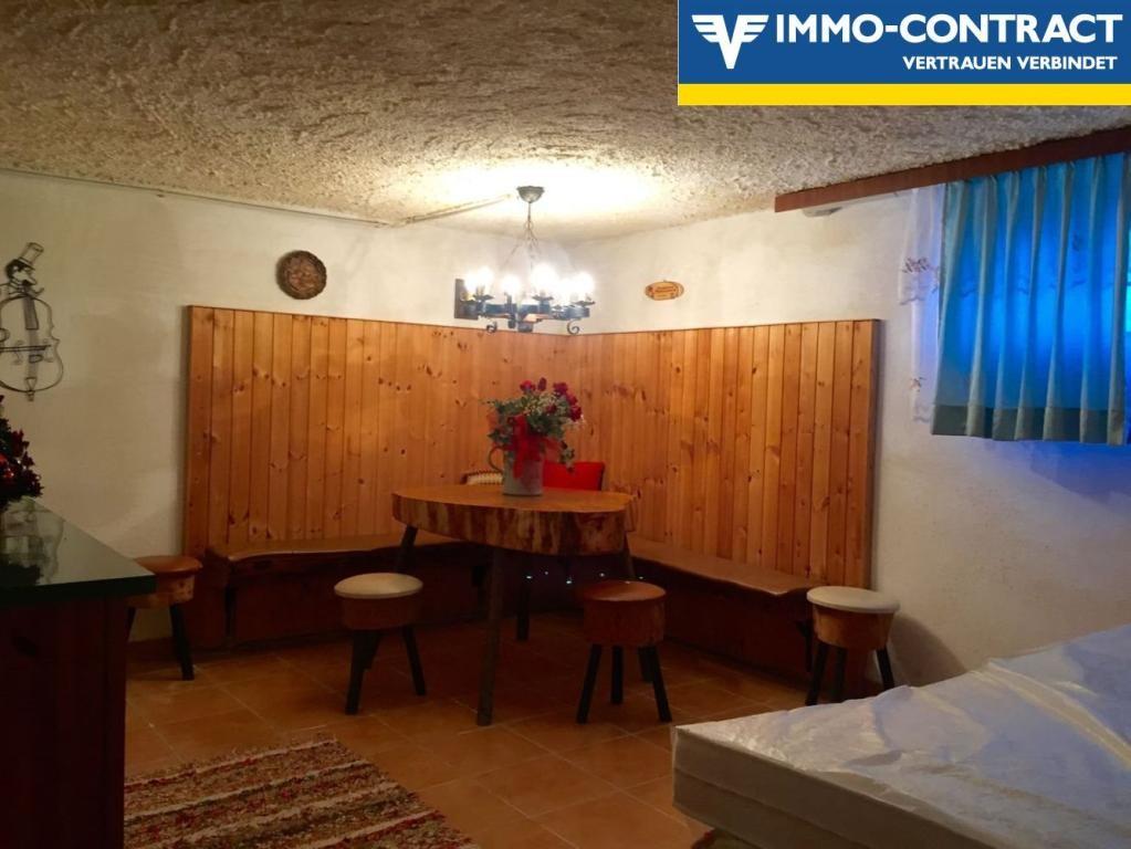 Haus mit Wohnrecht > Für Anleger > Kapitalanlage /  / 3100St. Pölten / Bild 7
