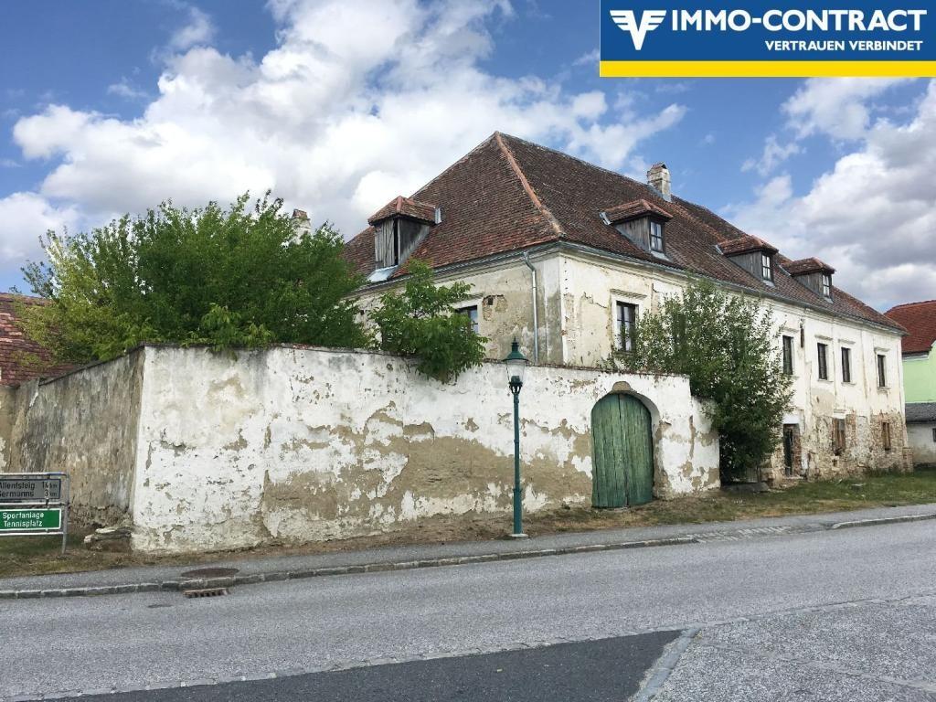 jpgcnt ---- Herrenhaus aus dem 13. Jahrhundert! /  / 3593Neupölla / Bild 1