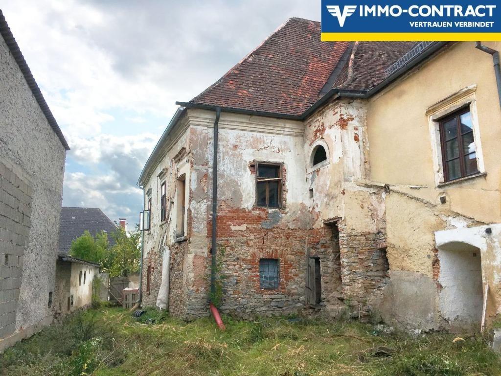 jpgcnt ---- Herrenhaus aus dem 13. Jahrhundert! /  / 3593Neupölla / Bild 3