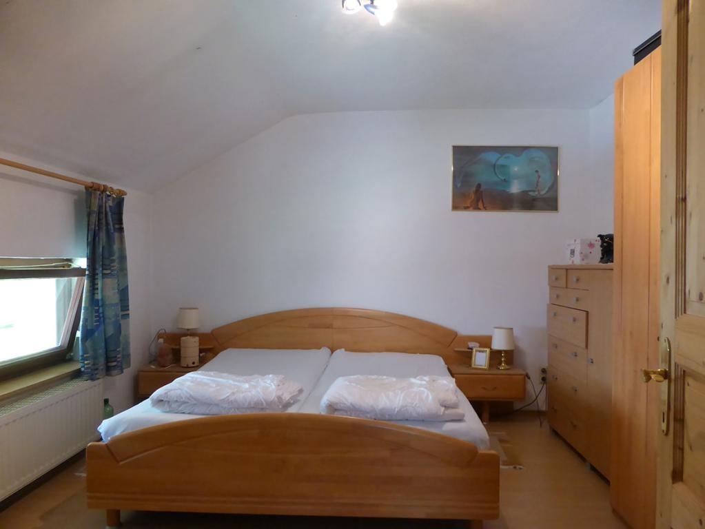 jpgcnt ---- RARITÄT! - Landwirtschaft mit Wohnhaus und privater Schutzhütte auf Waldlichtung in Wiennähe! /  / 3400Klosterneuburg / Bild 1