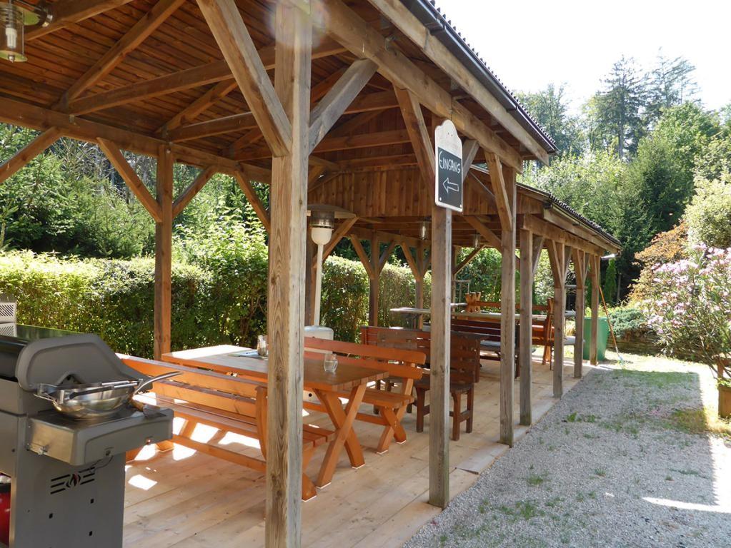 jpgcnt ---- RARITÄT! - Landwirtschaft mit Wohnhaus und privater Schutzhütte auf Waldlichtung in Wiennähe! /  / 3400Klosterneuburg / Bild 4