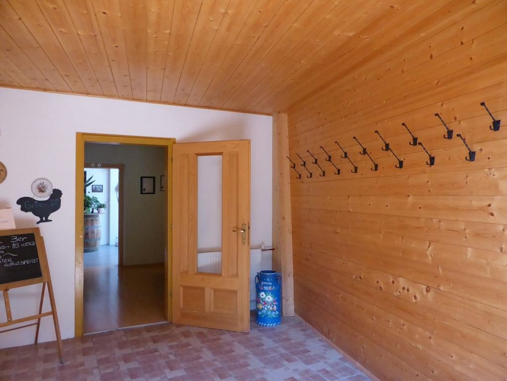 RARITÄT! - Landwirtschaft mit Wohnhaus und privater Schutzhütte auf Waldlichtung in Wiennähe! /  / 3400Klosterneuburg / Bild 5