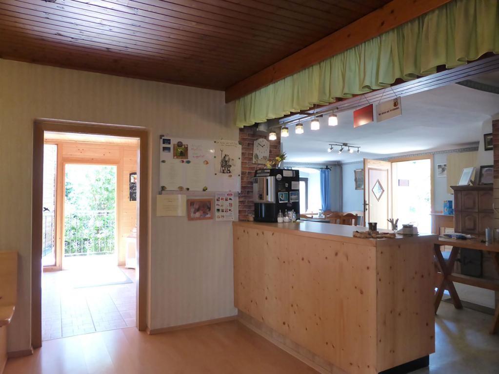 jpgcnt ---- RARITÄT! - Landwirtschaft mit Wohnhaus und privater Schutzhütte auf Waldlichtung in Wiennähe! /  / 3400Klosterneuburg / Bild 6
