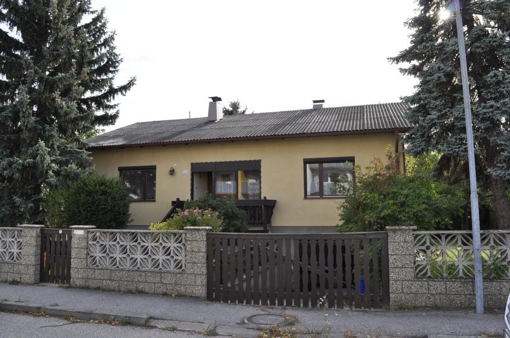 Teilsaniertes Einfamilienhaus mit Schwimmbiotop /  / 2421Kittsee / Bild 3