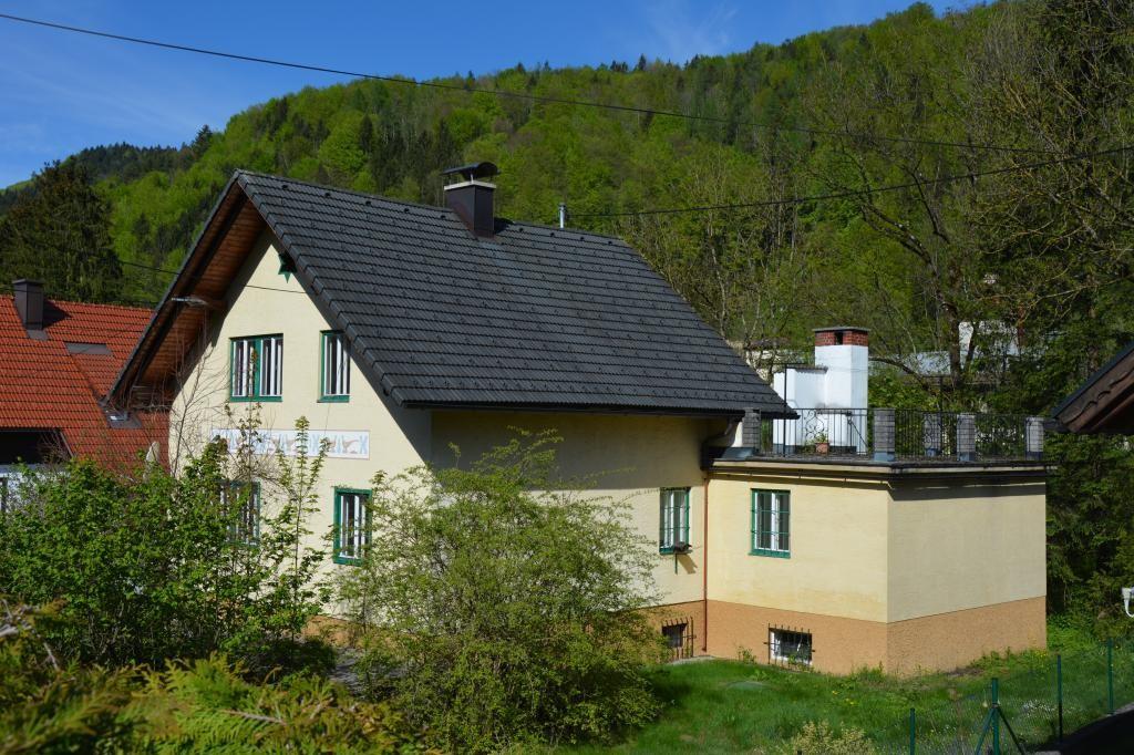 Wohnhaus in Siedlungslage