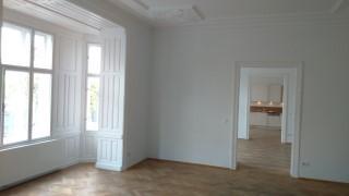 Klassischer Altbau mit 5 Zimmern und Wohnküche /  / 1090Wien / Bild 1