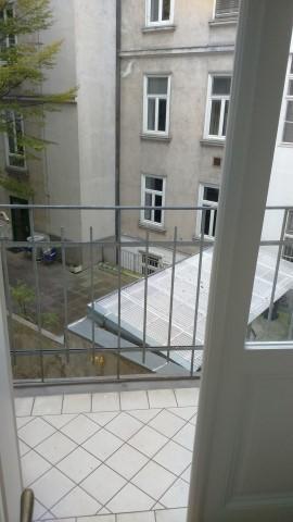 Klassischer Altbau mit 5 Zimmern und Wohnküche /  / 1090Wien / Bild 4