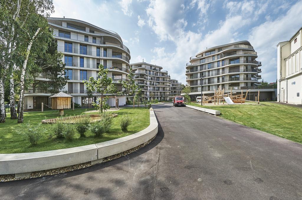 jpgcnt ---- FILMREIFER ERSTBEZUG - mit 25 m² Balkon, Designküche und TG- Stellplatz /  / 1230Wien / Bild 0