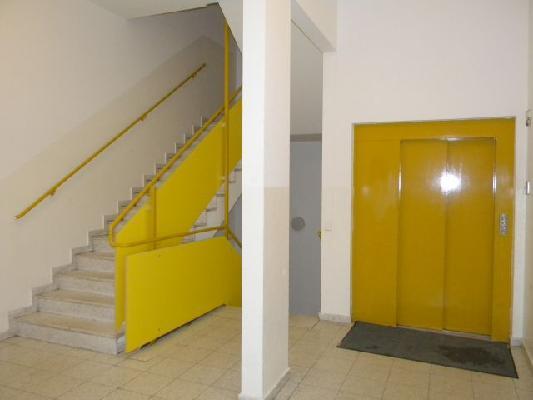 Neubau 2 Zimmerwohnung mit Loggia im 5.Liftstock /  / 1200Wien / Bild 1