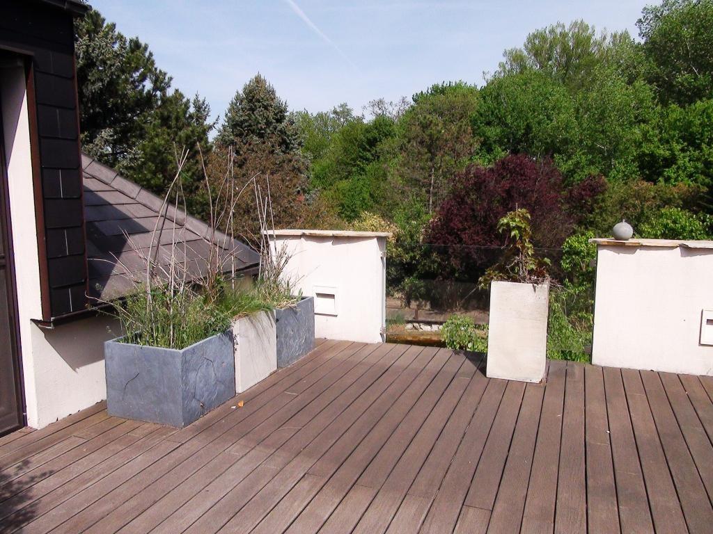 Traumhaus auf einem Eckgrundstück mit Schwimmteich, Sauna, Alarmanlage uvm. /  / 2440Gramatneusiedl / Bild 7