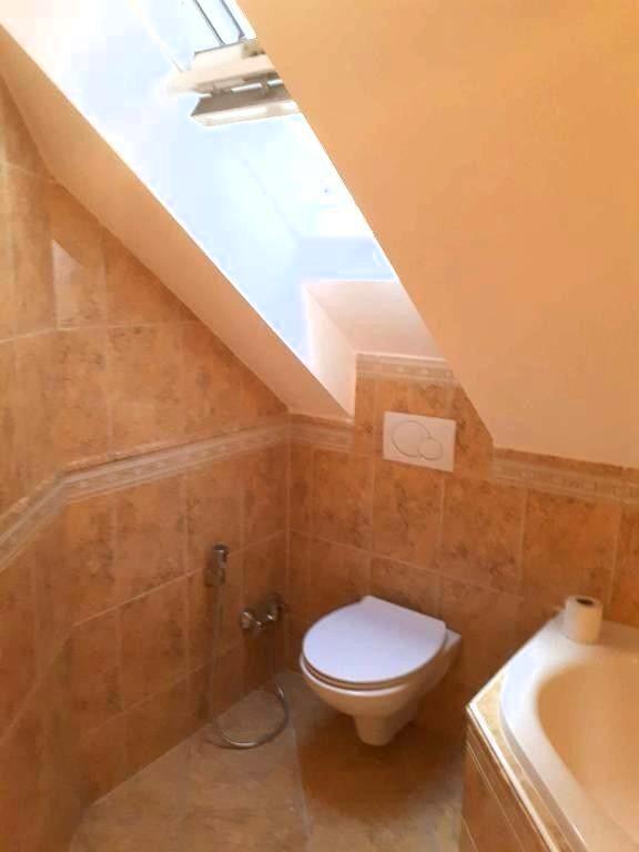 Dachgeschosstraum 4 Zimmer Wohnung mit Dachterasse /  / 1040Wien / Bild 1