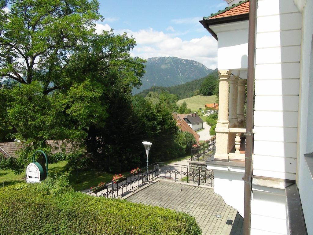 jpgcnt ---- Ehemaliger herrschaftlicher Adelsitz sucht neuen Schlossherrn +++ Reichenau an der Rax /  / 2651Reichenau an der Rax / Bild 0