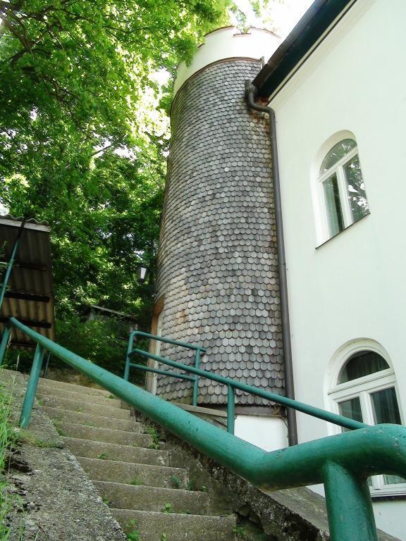 jpgcnt ---- Ehemaliger herrschaftlicher Adelsitz sucht neuen Schlossherrn +++ Reichenau an der Rax /  / 2651Reichenau an der Rax / Bild 5