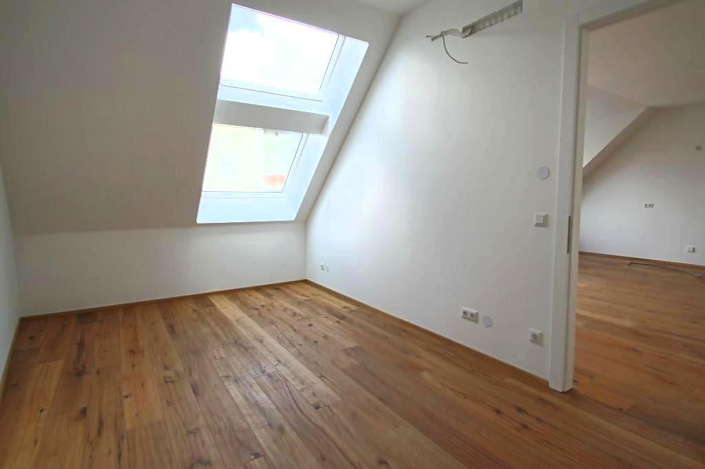 jpgcnt ---- ERSTBEZUG Traumhafte 3-Zimmer DG Wohnung mit Terrasse und Dachterasse /  / 1200Wien / Bild 0