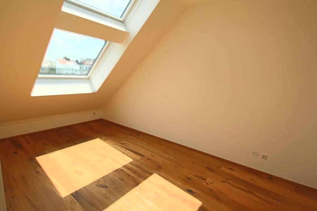 jpgcnt ---- ERSTBEZUG Traumhafte 3-Zimmer DG Wohnung mit Terrasse und Dachterasse /  / 1200Wien / Bild 1