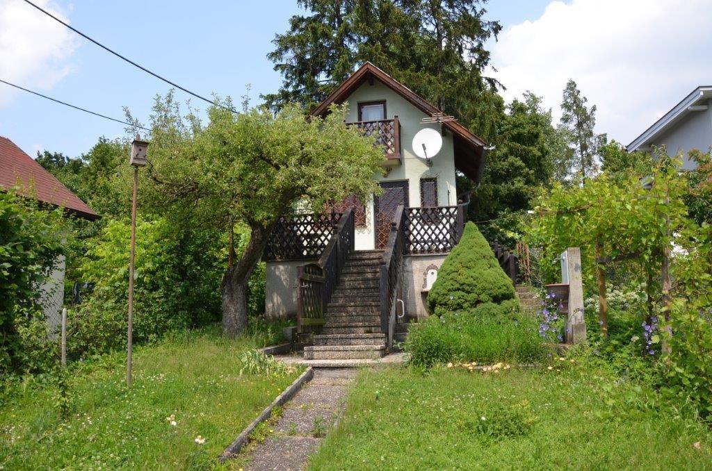 Kleingartenhaus auf schöner Parzelle am Wolfersberg /  / 1140Wien / Bild 1