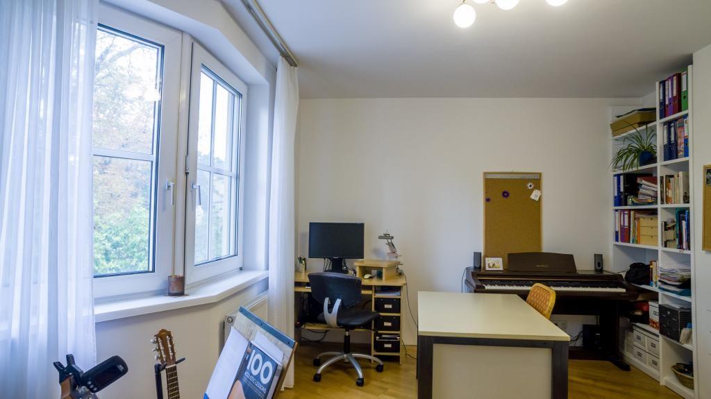 Sehr schöne 4-Zimmer-Wohnung mit Loggia /  / 2500Baden / Bild 2