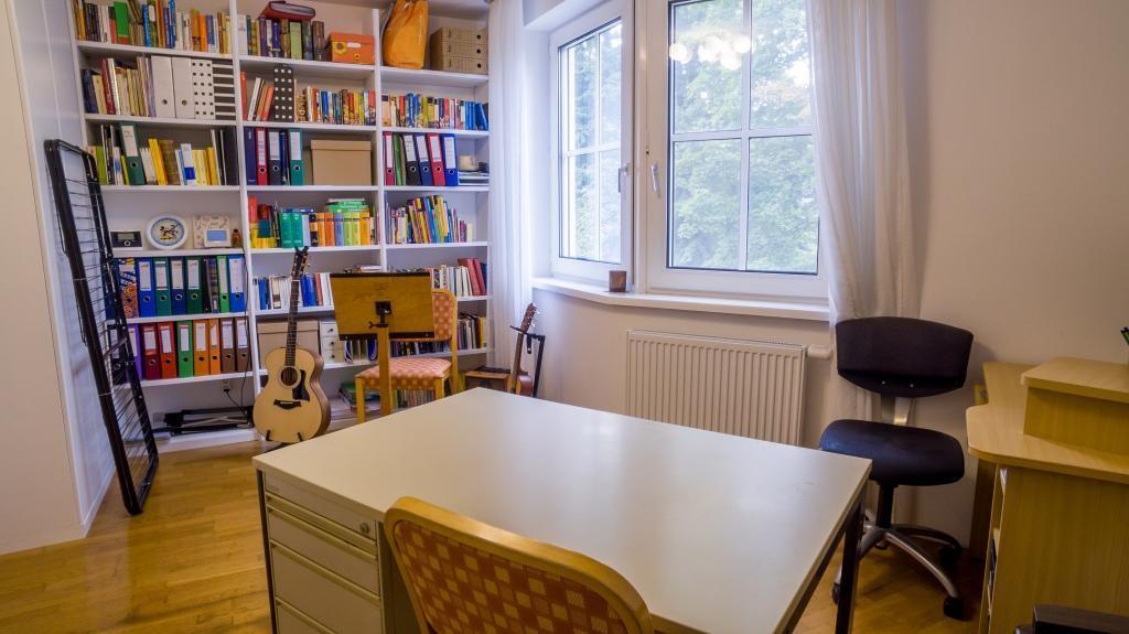 Sehr schöne 4-Zimmer-Wohnung mit Loggia /  / 2500Baden / Bild 3