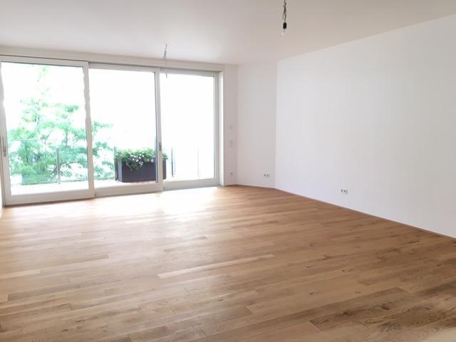 Neubau, Ruhig mit 3,2 M Raumhöhe