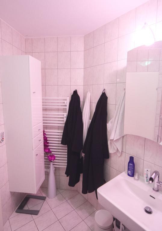 St.Veit 3 km, Kraigerseenähe: Wunderschöne, neu sanierte 92 m² EGT-Wohnung /  / 9300St. Veit an der Glan / Bild 0