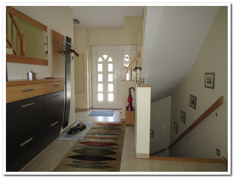Modernes Einfamilienhaus mit Einliegerwohnung und überdachten Pool /  / 2231Strasshof an der Nordbahn / Bild 6