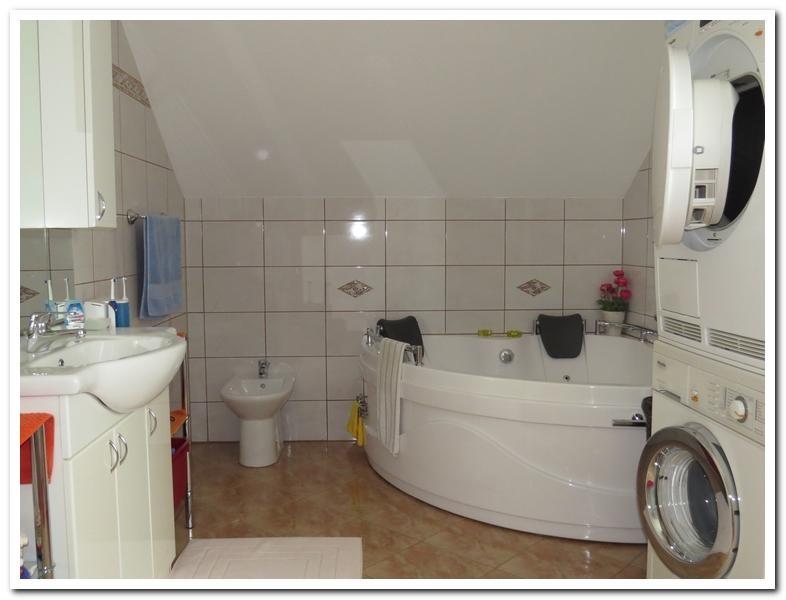 Modernes Einfamilienhaus mit Einliegerwohnung und überdachten Pool /  / 2231Strasshof an der Nordbahn / Bild 15