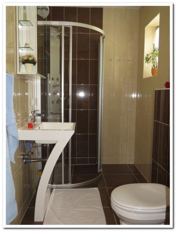 Modernes Einfamilienhaus mit Einliegerwohnung und überdachten Pool /  / 2231Strasshof an der Nordbahn / Bild 16