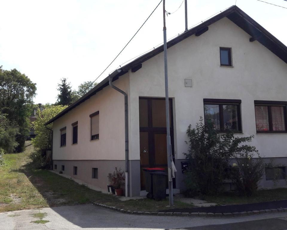 Kleinhadersdorf: Einfamilienhaus mit einer Wohnebene und Keller sowie 2. Grundstück /  / 2170Poysdorf / Bild 4