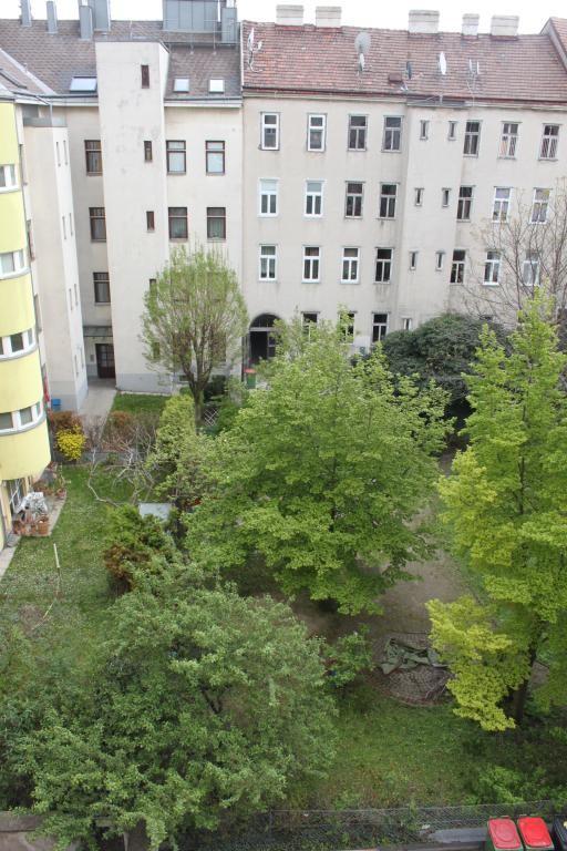 Erstbezug - 4. Liftstock - 3 Zimmer Familienwohnung!! /  / 1100Wien / Bild 1
