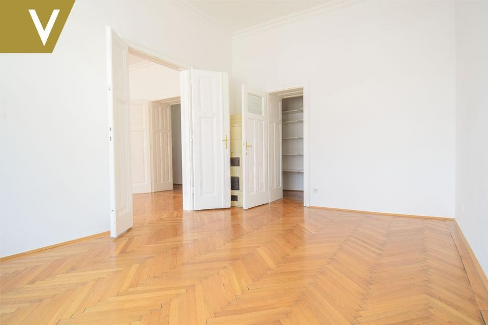 Wunderschöne Wohnung im prachtvollen Altbau // Beautiful Apartment in magnificent Century Building /  / 1040Wien / Bild 0