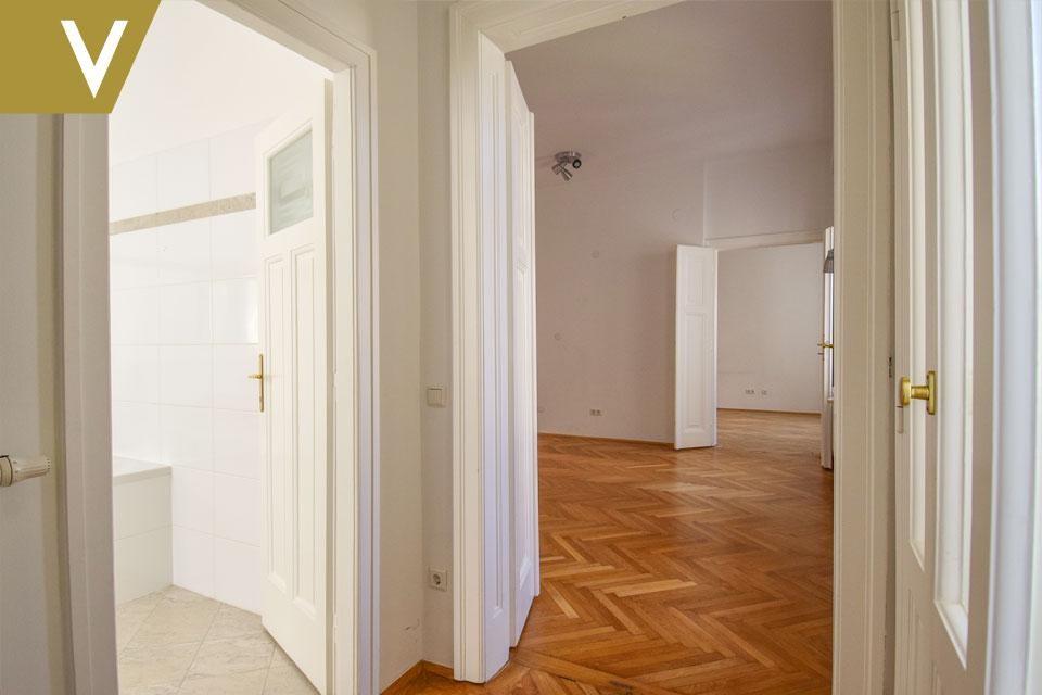 Wunderschöne Wohnung im prachtvollen Altbau // Beautiful Apartment in magnificent Century Building /  / 1040Wien / Bild 5