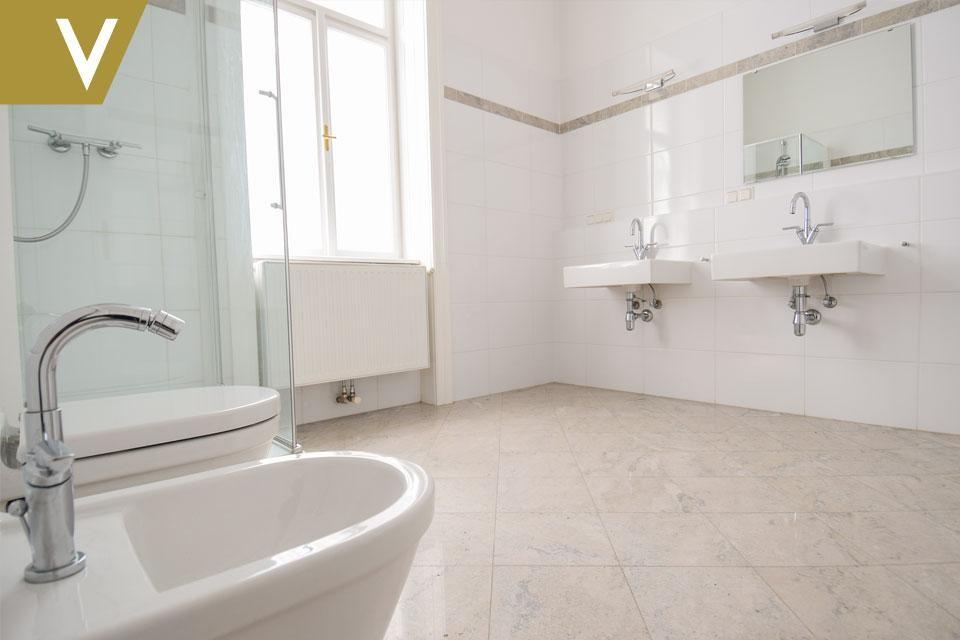 Wunderschöne Wohnung im prachtvollen Altbau // Beautiful Apartment in magnificent Century Building /  / 1040Wien / Bild 6