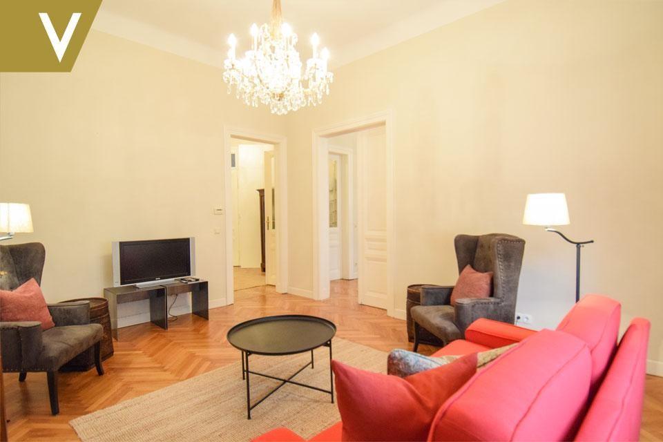 Mit bestem Geschmack möbliertes Apartment in sehr guter Lage // With best taste furnished Apartment in very good locartion // /  / 1090Wien / Bild 0