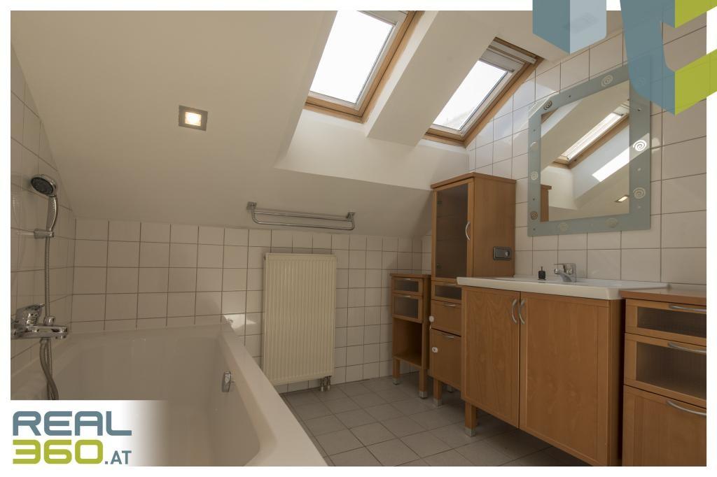 Ruhig und trotzdem zentral! DG-Wohnung in grüner Umgebung von Leonding zu verkaufen! /  / 4060Leonding / Bild 1